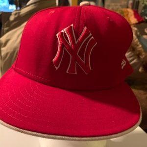 New Era Red/White Yankees Baseball Cap